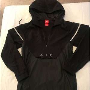Black Nike Windbreaker